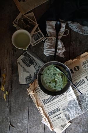 Vellutata di broccoli, patate, finocchi e origano fresco