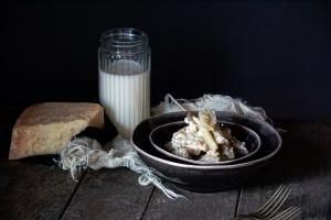 Cardi gobbi al parmigiano e latte senza lattosio