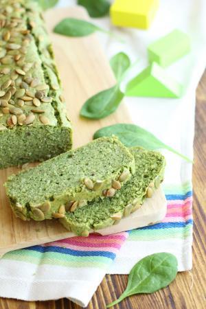 Plumcake agli spinaci e semi di zucca senza latticini e senza glutine
