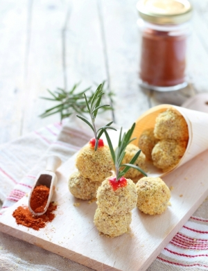 Polpette di ceci con paprika e rosmarino
