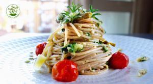 Spaghetti al pesto rivisitato con pomodorini confit