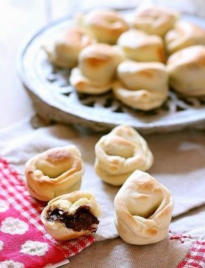 Tortelli dolci alla crema di nocciole