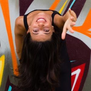Giulia Rizzi - una vegetariana in cucina e maestra di yoga