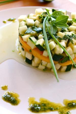 Tartare di mango e zucchine