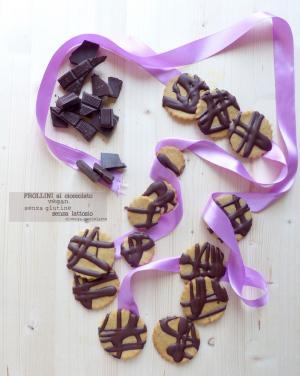 Frollini con cioccolato vegani e senza glutine
