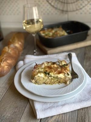 Uno dei piatti più interessanti della tradizione pugliese, vegetariano e completo.