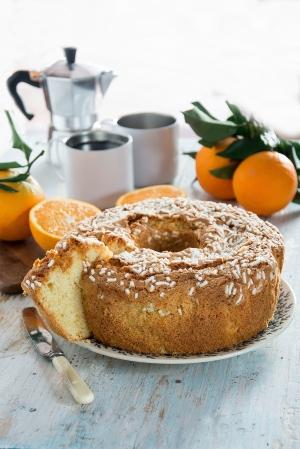 Ciambellone soffice all'arancia