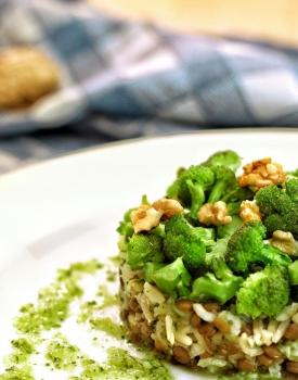 Riso basmati con lenticchie, broccoli e noci