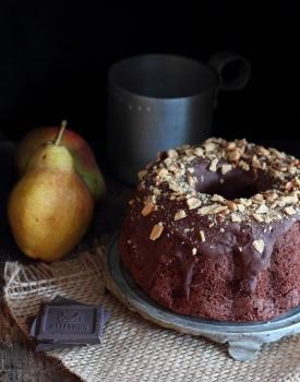 Torta cioccolato, pere e zenzero