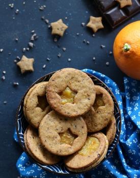 Frollini veg al farro e arancia con cioccolato fondente