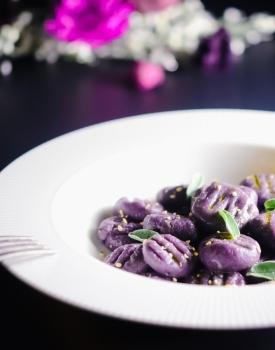 Gnocchi vegan di patate viola