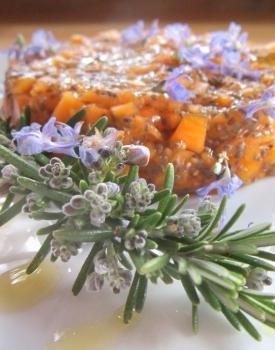 Tartare di zucca mantovana ai fiori di rosmarino #ricettedellabuonanotte