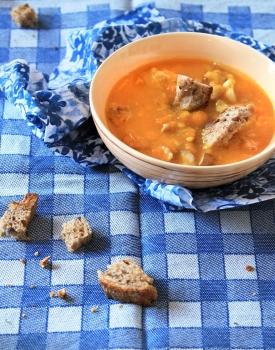 Zuppa autunnale di zucca e castagne