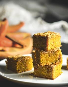 Quadrotti di zucca speziati vegan e senza glutine