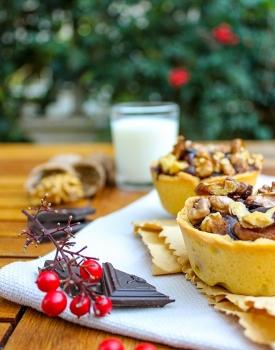 Tartine al cioccolato e noci